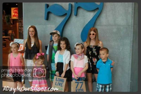 group of kids at 77 kids king of prussia