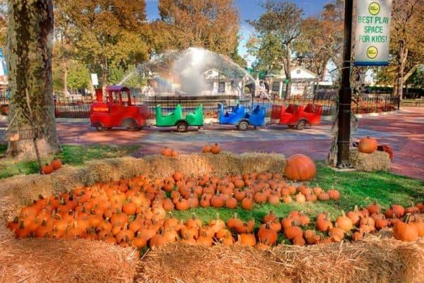halloween at franklin square philadelphia